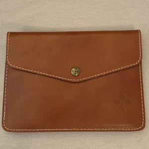 Patricia Nash envelope pouch